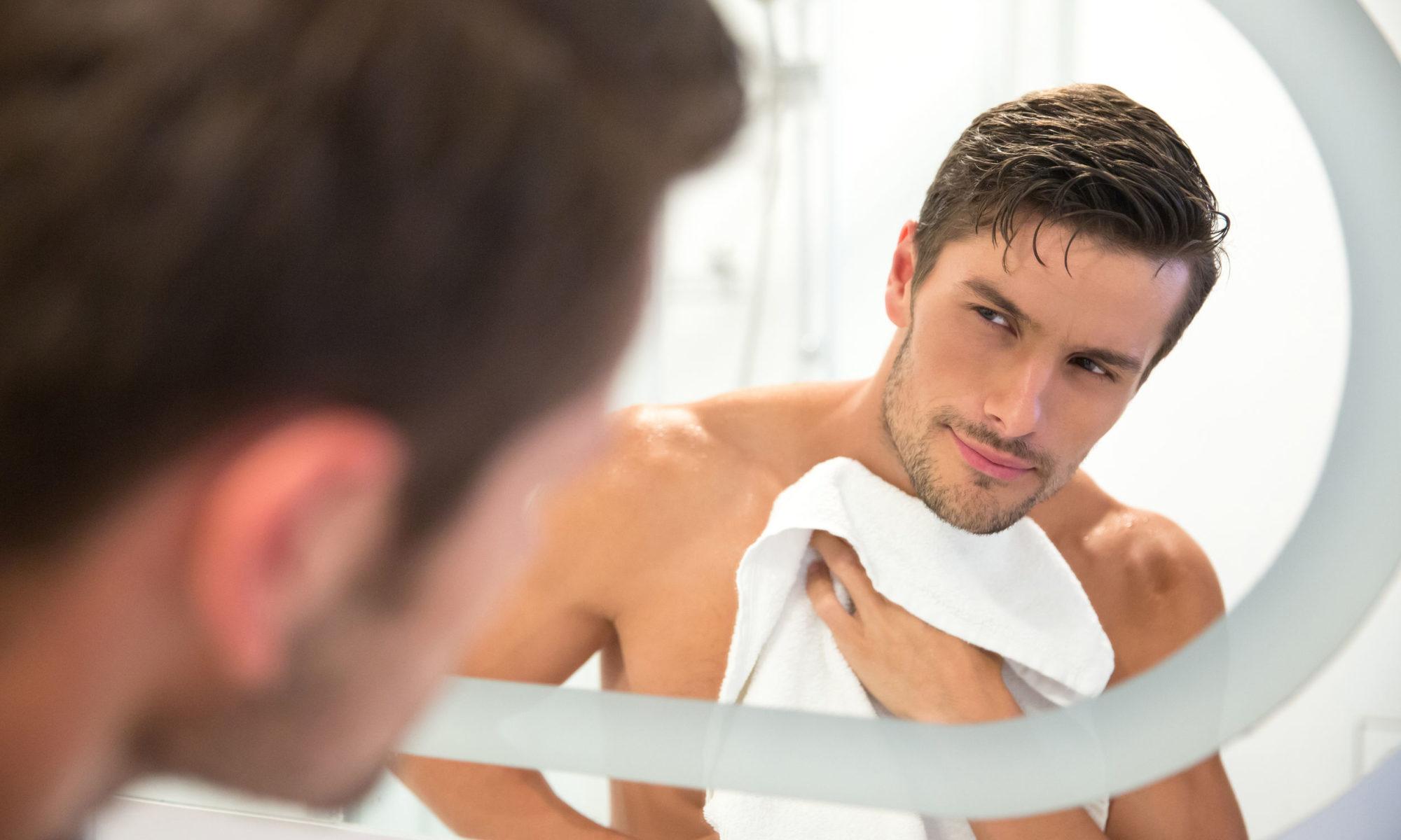 Für beanspurchte Männerhaut gibt es eine idividuelle Pflege.